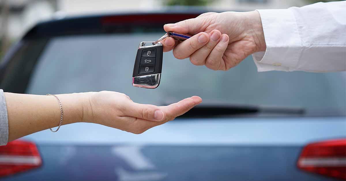 Membeli Mobil Baru